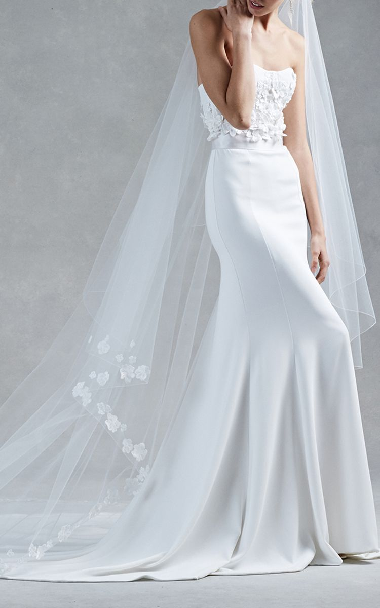 The Hanna by Oscar de la Renta   Moda Operandi   M\'O Bridal ...
