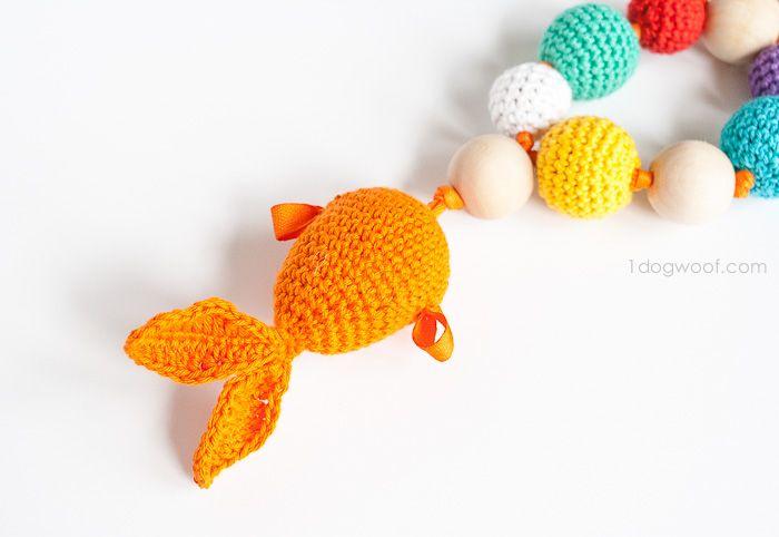 Bubbles and Goldfish Teether Crochet Pattern | Peces de colores ...
