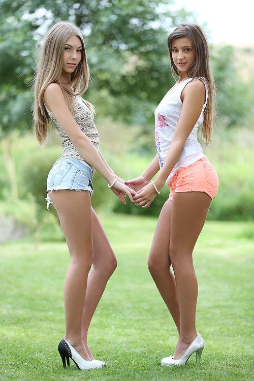 Vintage lesbians licking pussy