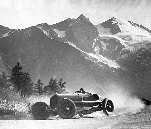 Pre-war Racing Car Hillclimb