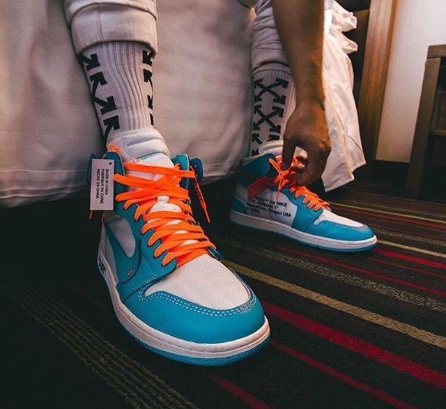 e0aa0cea4f6 Orange laces looking goooood on those Off-White x Nike Air Jordan 1's  #offwhite #airjordan1 #airjordan #nikeair #jordan #virgilabloh #offwhite