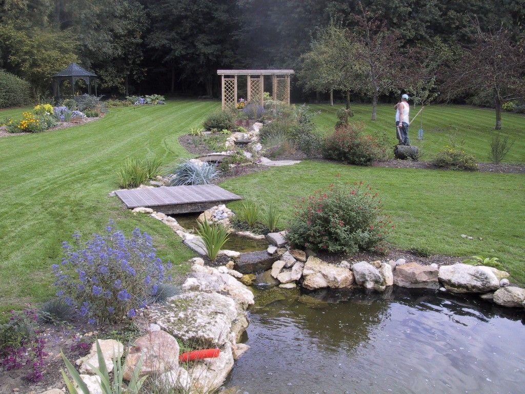 Harrois espaces verts paysagiste 60 gisors chaumont en for Eau verte bassin exterieur