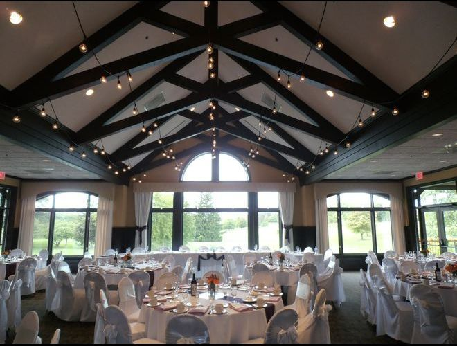 Bartlett Hills Is A Rustic Wedding Venue Ceremony And Banquet Hall Near Chicago Schaumburg Elgin St