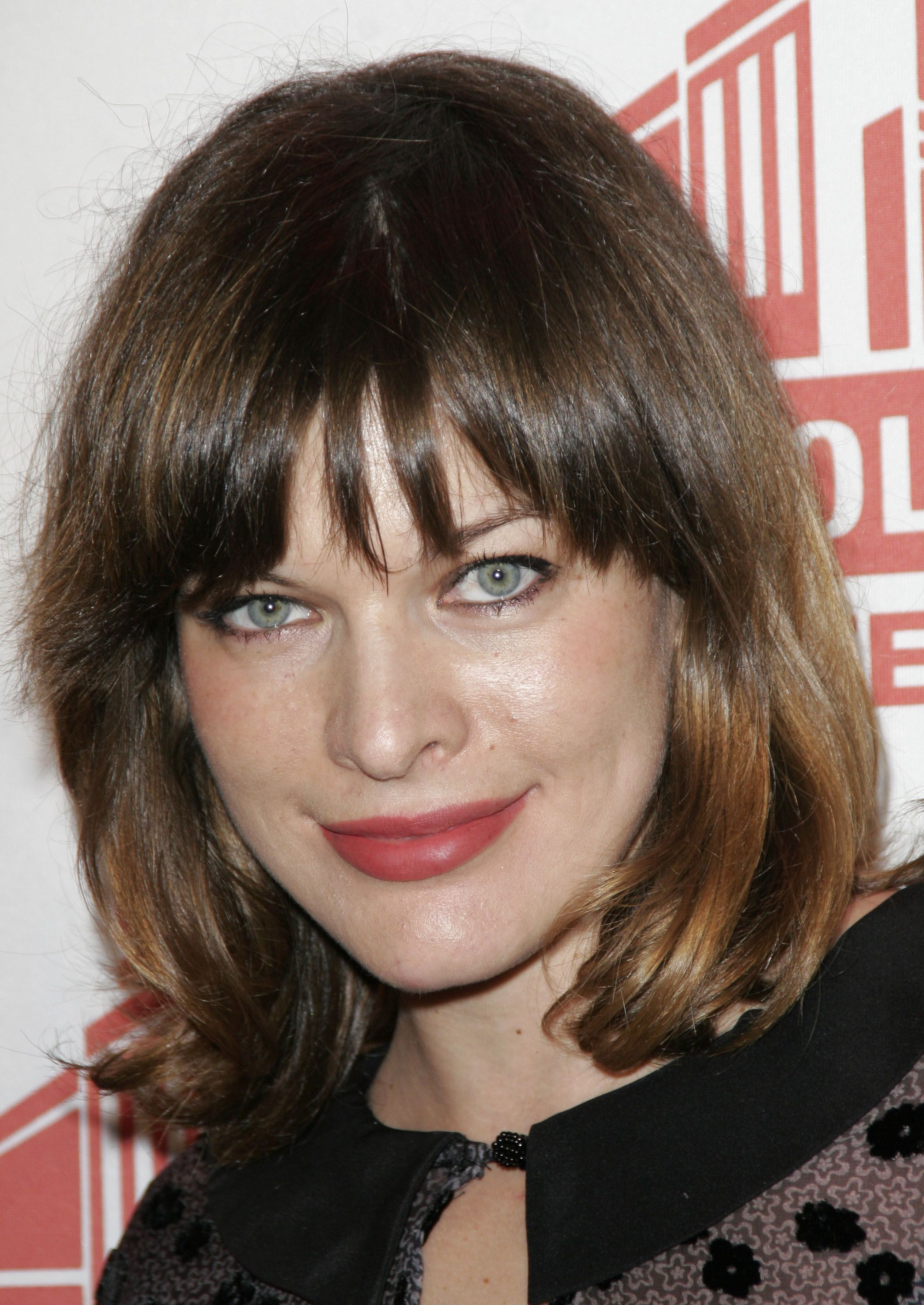 Milla Jovovich Short Brown Bob Hairstyle with Bouns Waves Milla Jovovich Short Brown Bob Hairstyle with Bouns Waves new pictures