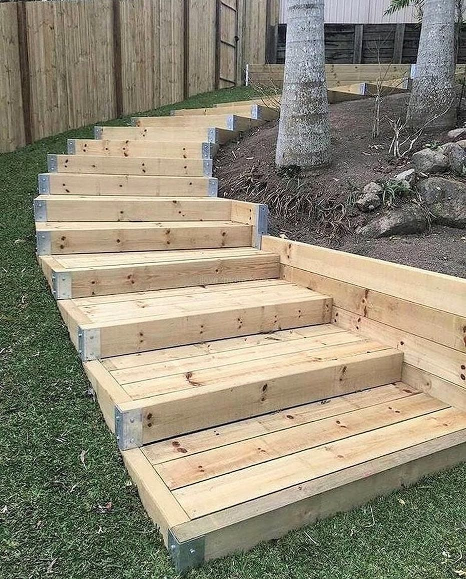 Easy And Unique Ideas For Wooden Pallet Projects