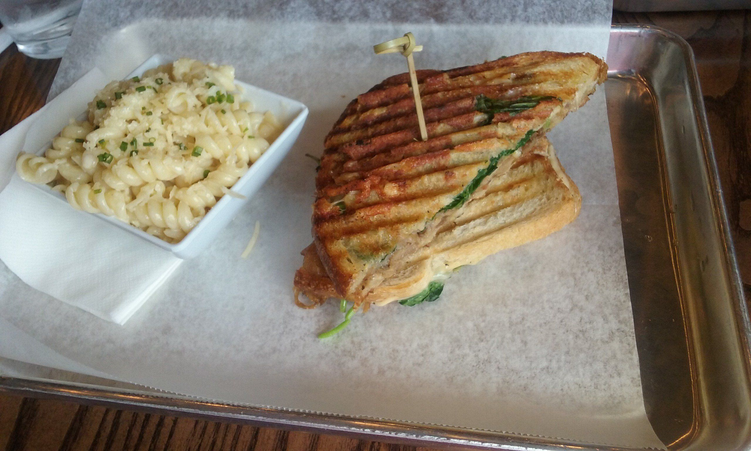Restaurant Review For Melt Kitchen And Bar Restaurant In Greensboro North Carolina Food Food Quality Food Dishes