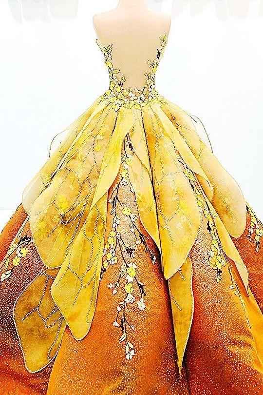 #fashiontrends #2020fashiontrends #fashionoutfits #chicdress #eveningdress #fashionstyle #accessory #shoes #cloth #bags #winterfashion #fallfashion #newtrends #fashionlove