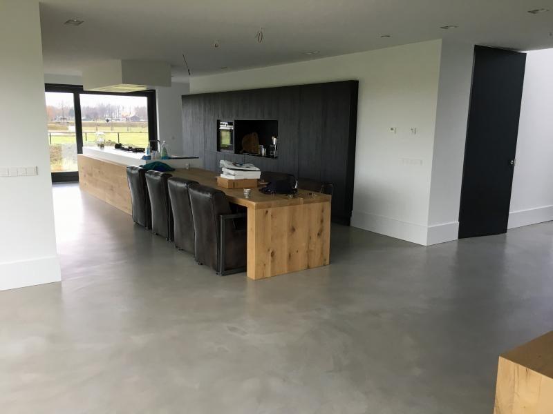 Gietvloer Betonlook Keuken : Venetiaans woonbeton betondesign gietvloer betonlook keuken