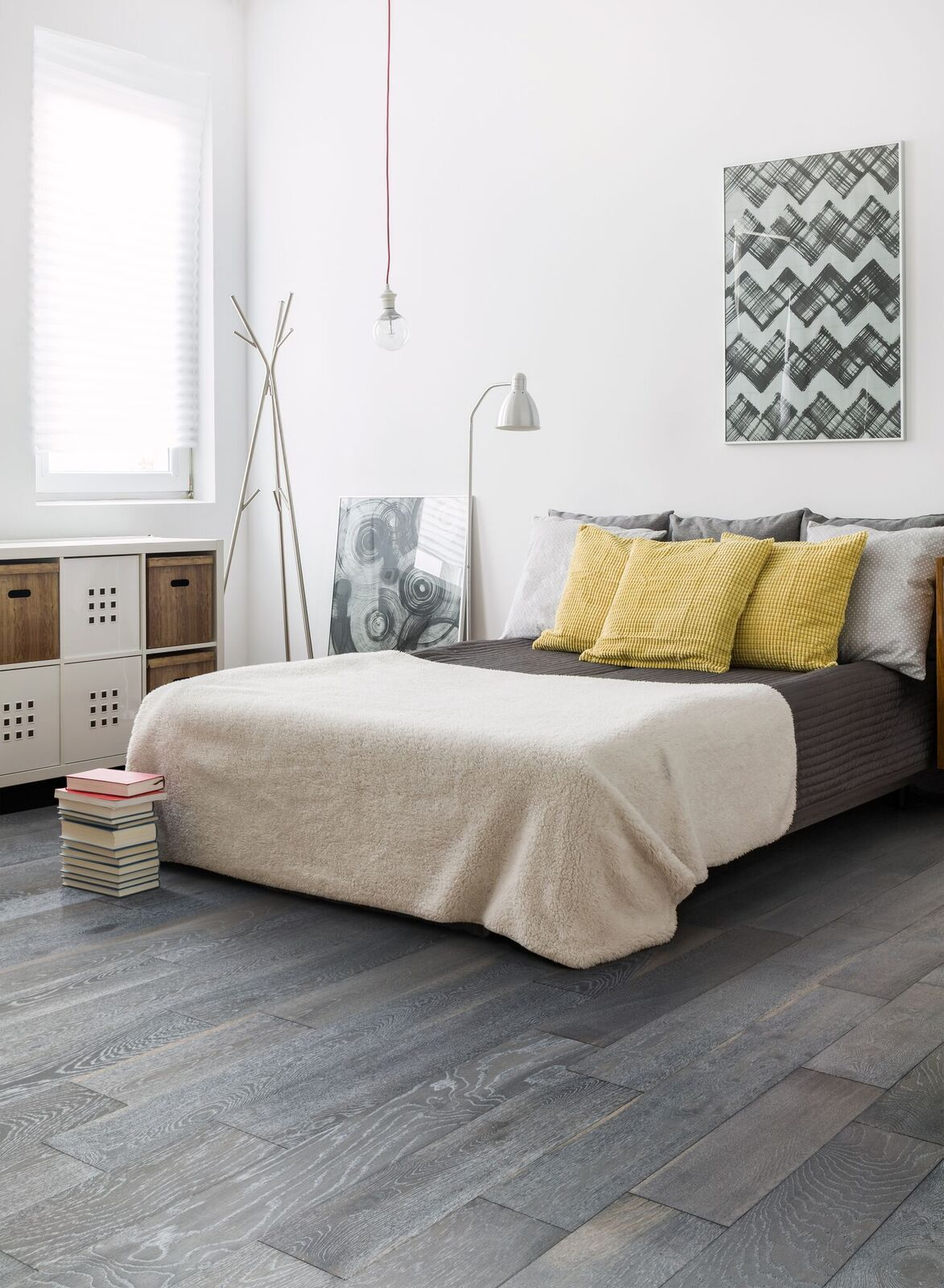20 Pics Review Gray Hardwood Floors Bedroom And Description In 2020 Grey Wood Floors Bedroom Grey Wood Floors Grey Hardwood Floors