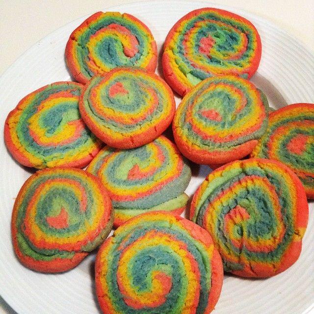 Vegan Rainbow Pinwheel Cookies!