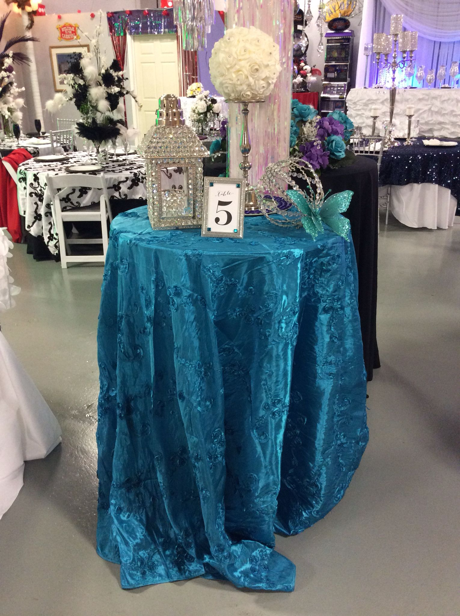Turquoise Blue Bistro Table Linen Crystal Birdhouse Perfect Table For Cocktail Hour Visit Www Asplayzone C Wedding Rentals Bounce House Rentals Bounce House