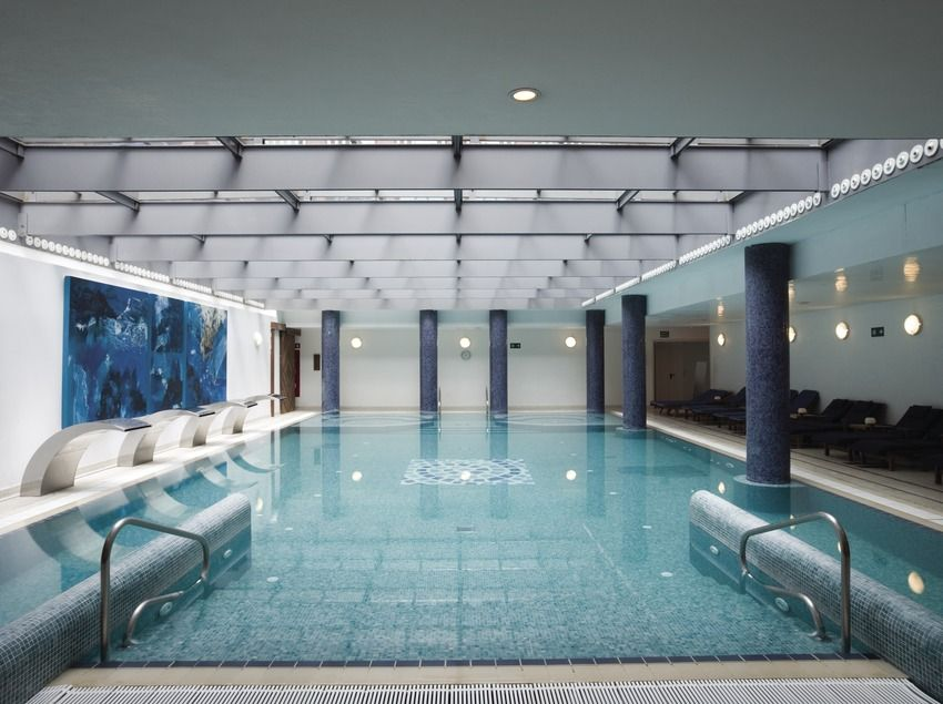 Gran Hotel Balneari Blancafort - This spa and hotel is located in La Garriga, featuring a first class spa and beauty services. The hotel also has a gym, beauty studio, a shop selling products for the body and the mind #BCNmoltmes #Hotels #Accommodation #spa #pool #VallesOriental