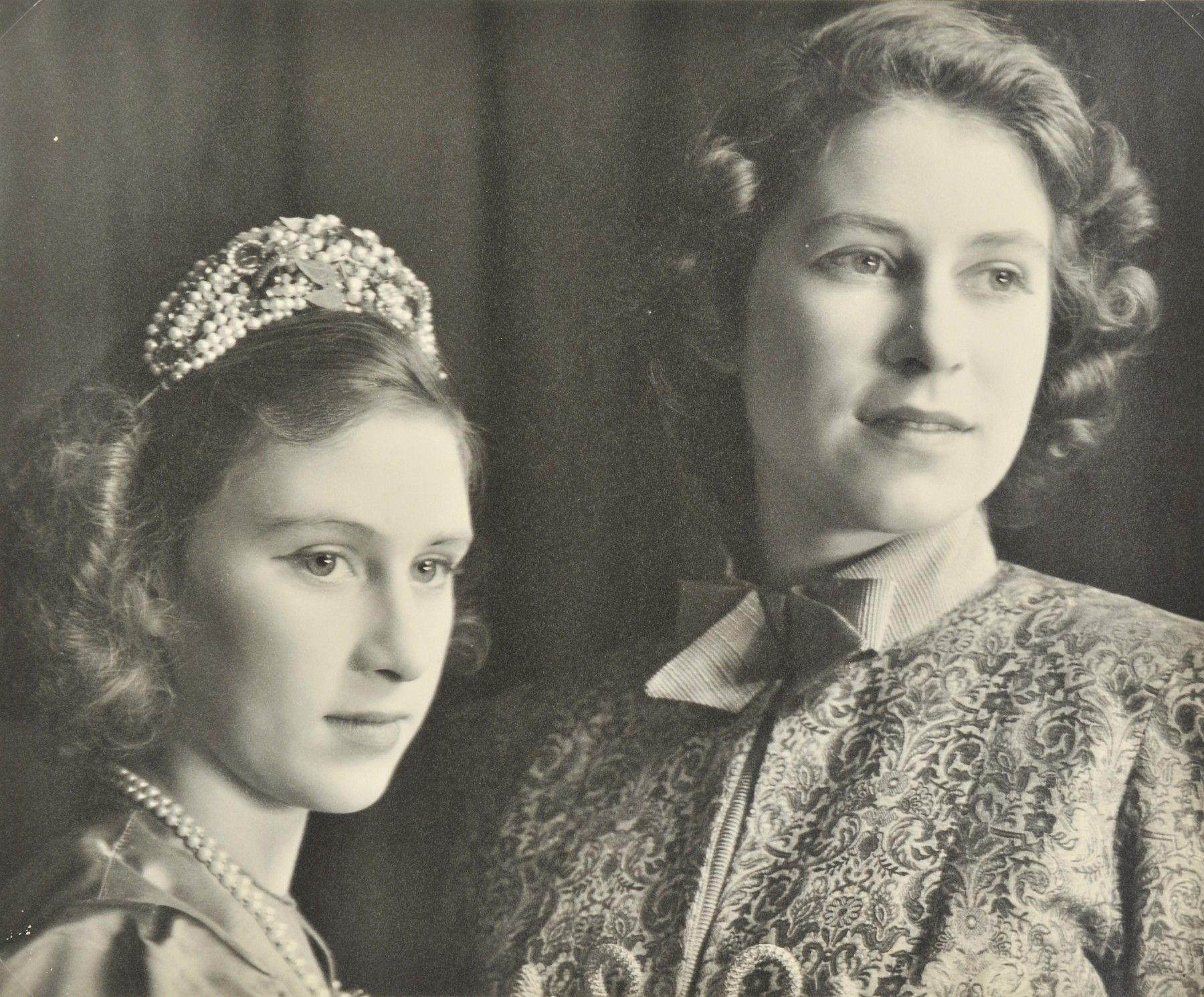 Queen Elizabeth with her younger sister Princess Margaret