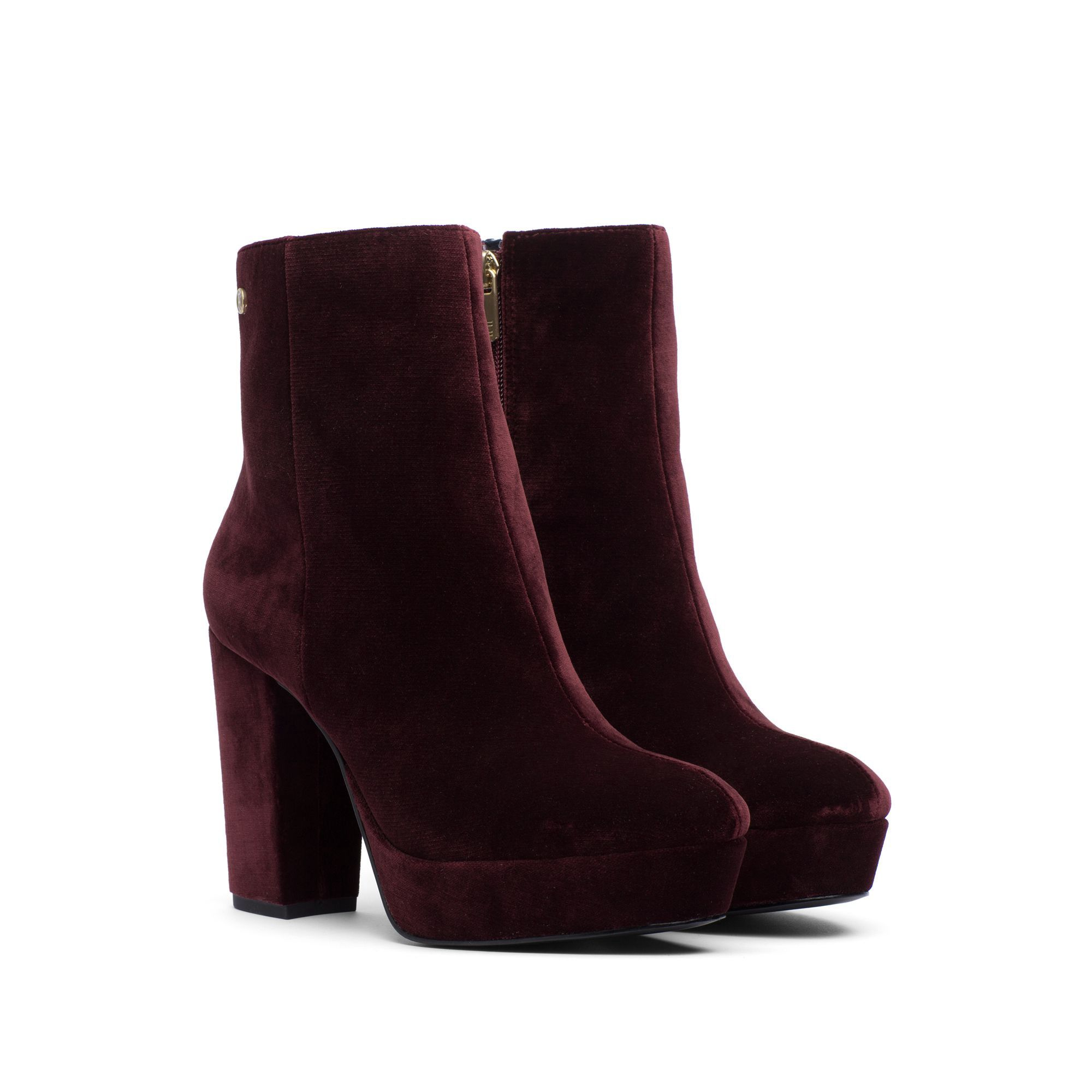 3383599bbb8 TOMMY HILFIGER VELVET BLOCK HEELED BOOT - DECADENT CHOCOLATE.  tommyhilfiger   shoes