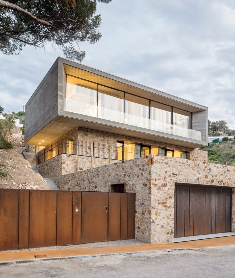 Casa 1510 By Nordest Arquitectura Emerges From The