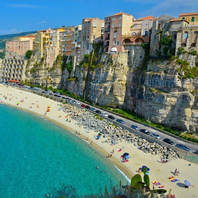 Tropea Italy Photo by loucosporviagem via