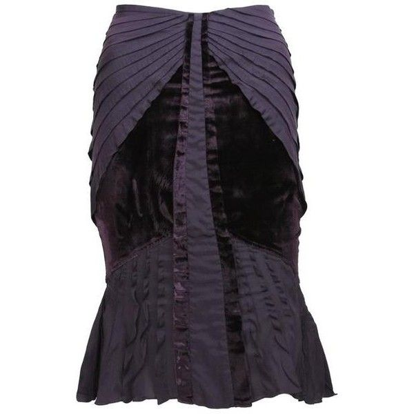 5403d4e74ca4 Preowned Tom Ford For Gucci Fall 2004 Velvet Pleated Silk Purple Skirt... (
