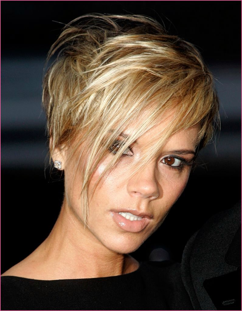 Frisuren Blond In 2020 Victoria Beckham Frisur Frisuren
