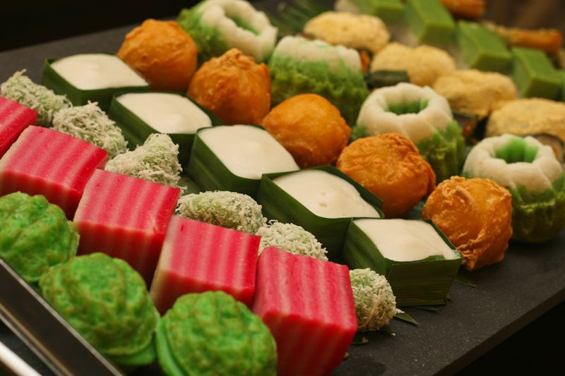 Traditional malaysian kuih desserts is lots of rice for Authentic malaysian cuisine
