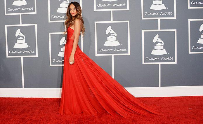 Rihanna en los Grammy.