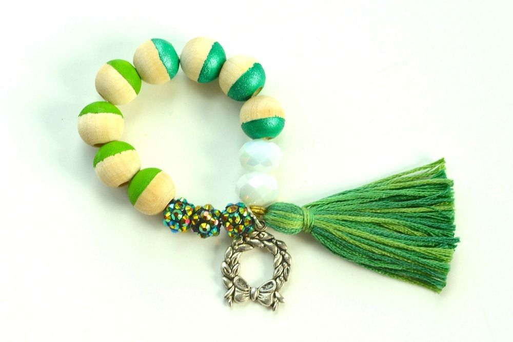 Green and Silver Wreath Charm Bracelet: Holiday Collection