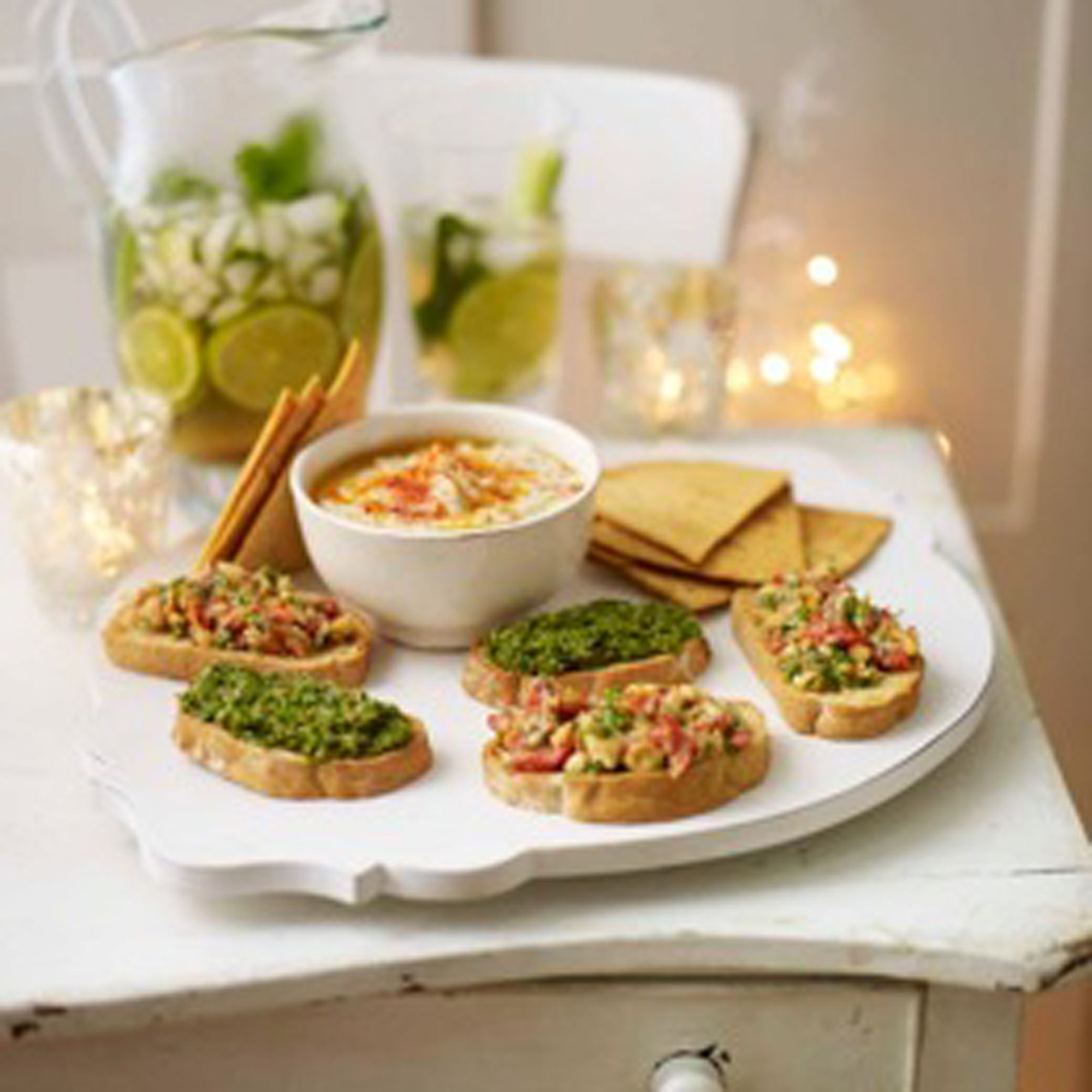 White bean and garlic dip with tortilla chips this zingy dip food forumfinder Gallery
