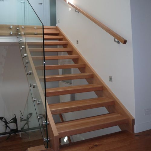 40 Amazing Staircases Details That Will Inspire You: Image Result For Open Risers Closed Stringer Timber