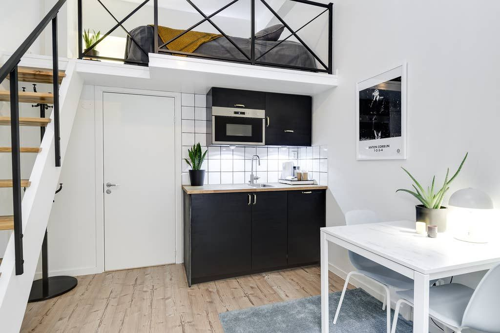 Small Studio In Courtyard In Central Old Town Apartments For Rent In Sodermalm Stockholms Lan Sweden Old Town Apartments Apartments For Rent Lofts For Rent