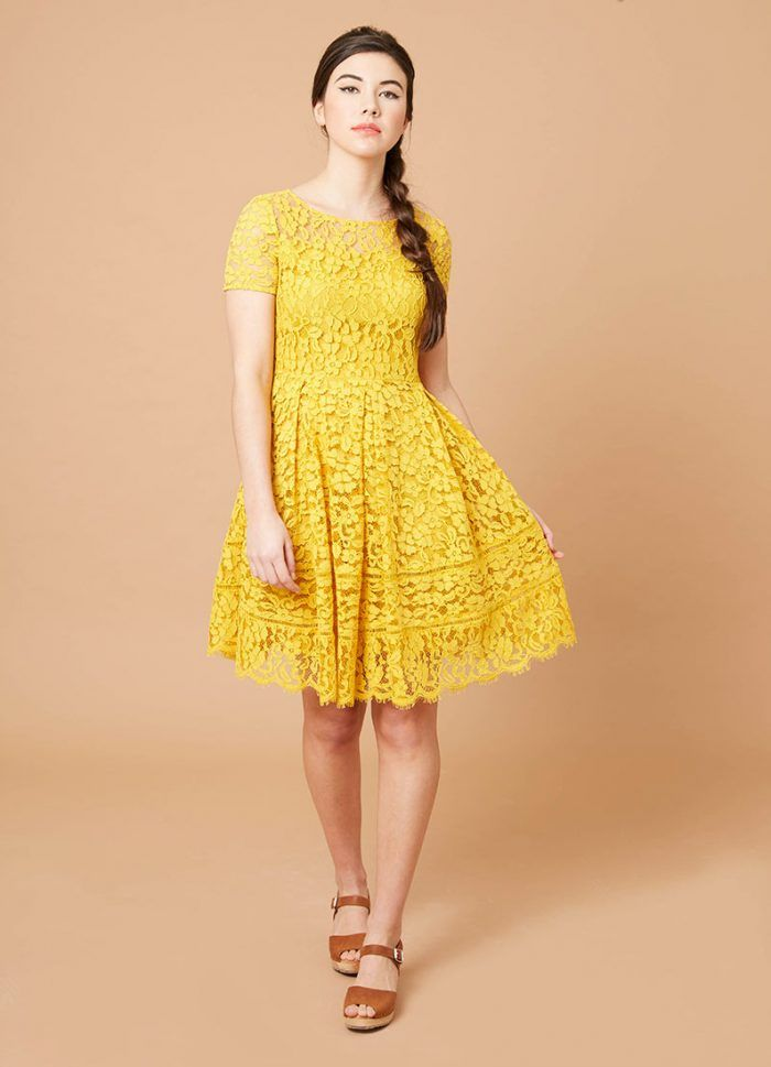 Yellow short sleeve lace dress