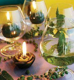 Taças e copos também podem servir para decorar!