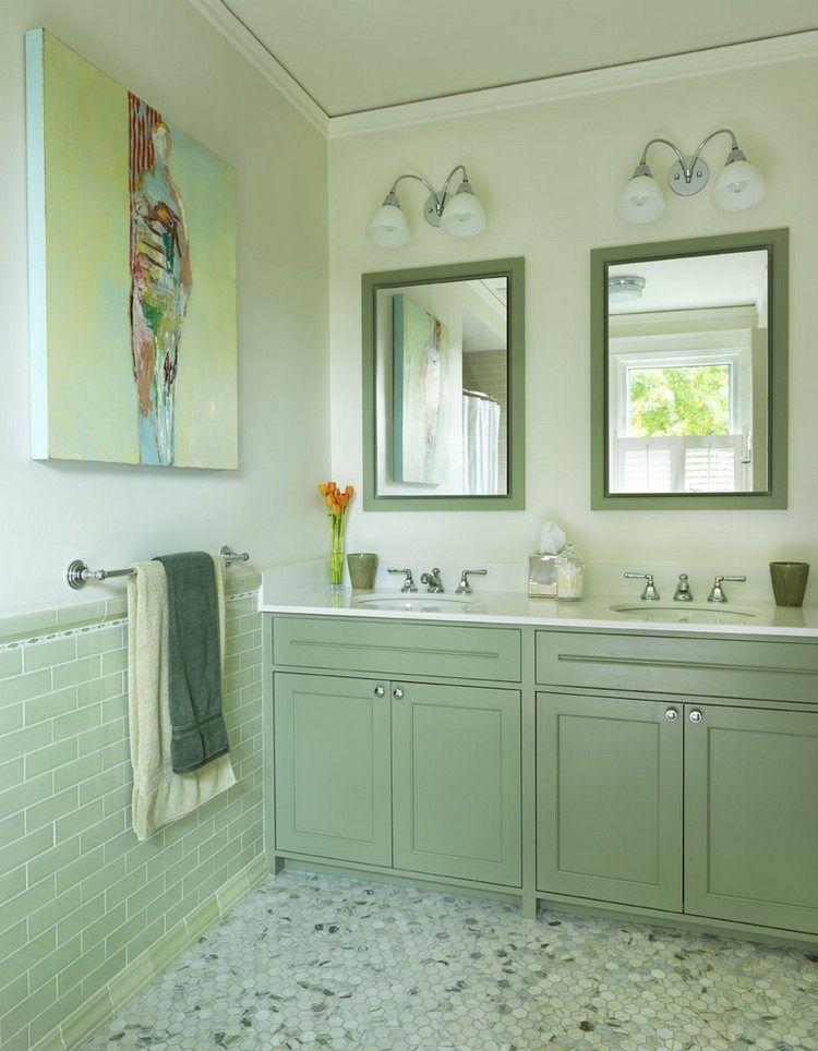 peinture salle de bain : murs et meubles en bois en vert d\'eau ...