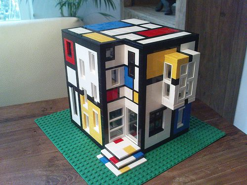 Custom Lego house built in the style of the Dutch artist, Piet Mondrian - cf. http://pinterest.com/mademoisellealm/piet-mondrian/