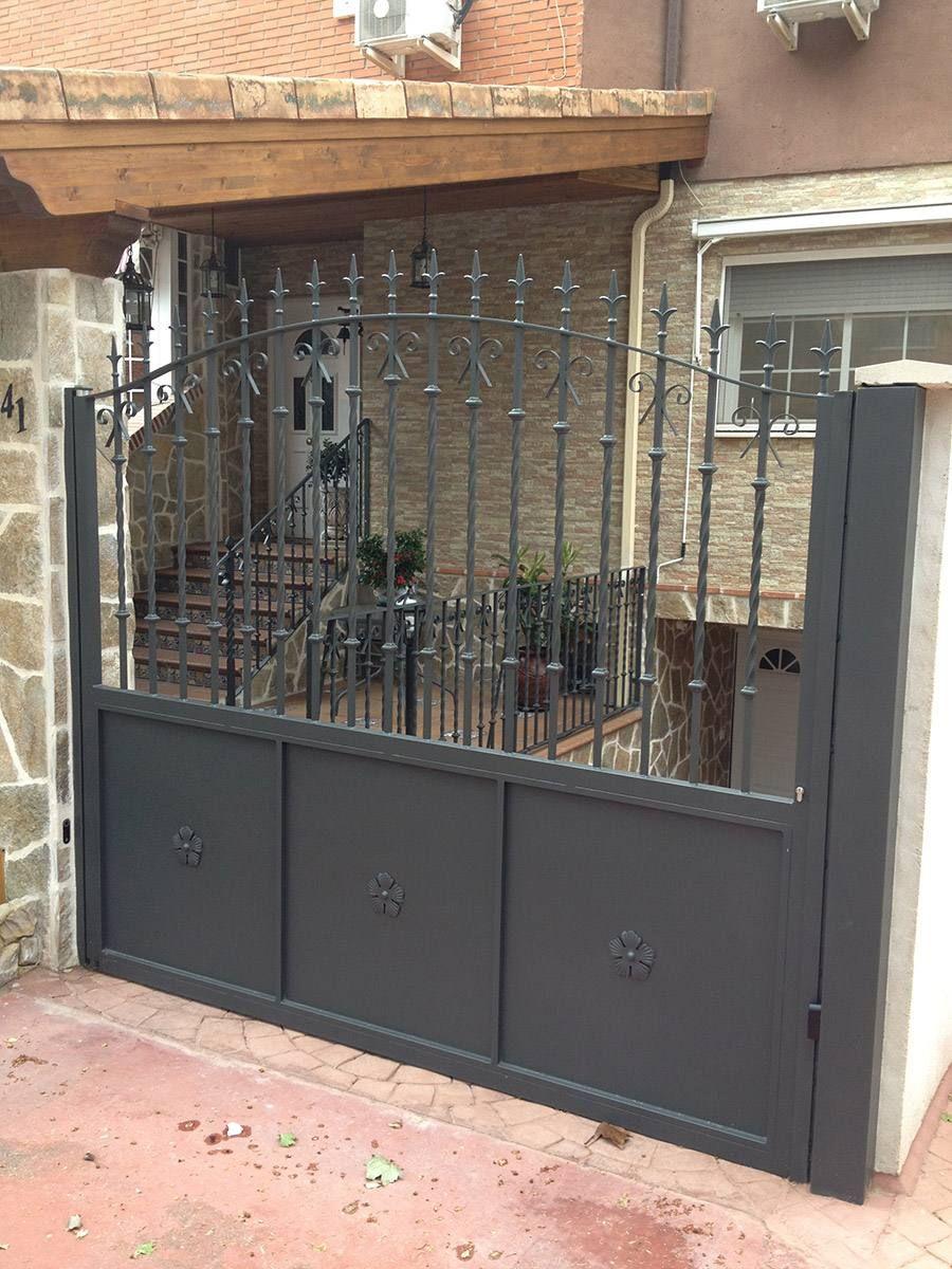 Puertas correderas exteriores forja pinterest - Puertas de exterior metalicas ...