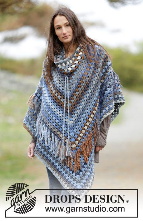 Crochet poncho with removable collar and fringes, wool poncho ...