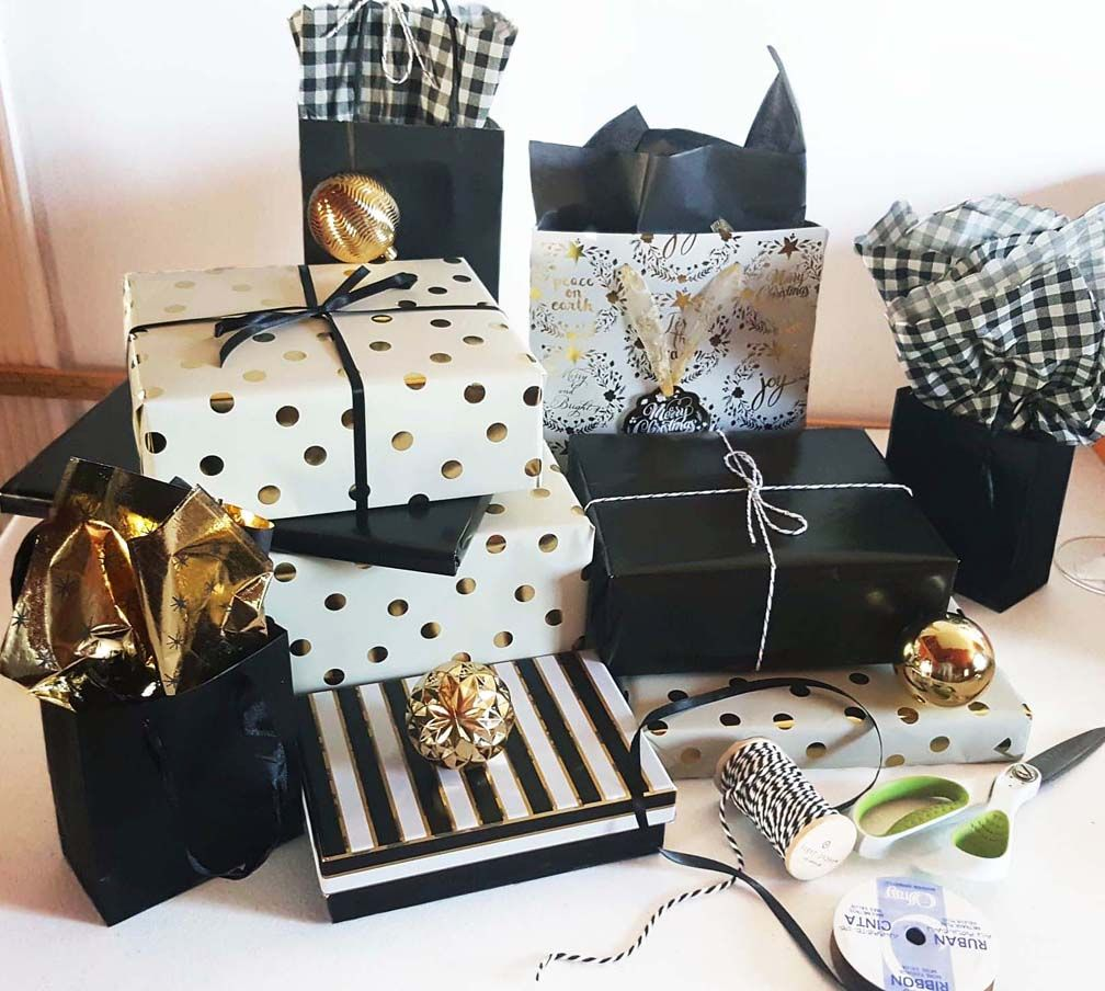 Dollar store gift wrapping paper gift boxes dollar store