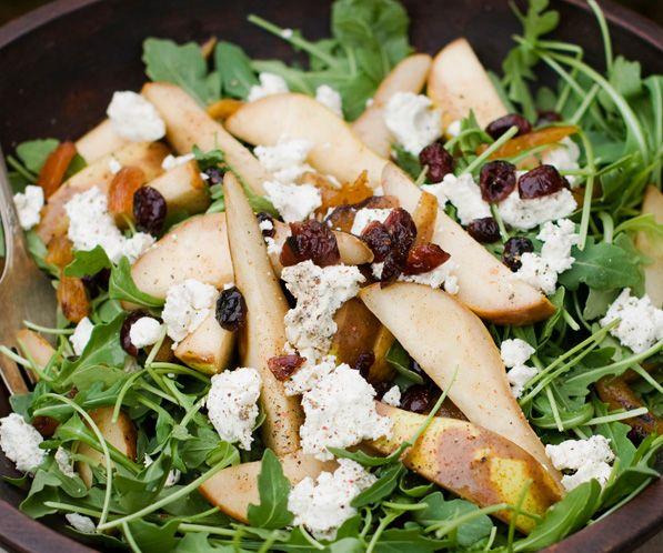 Ensalada de rúcula, queso y pera - Ensaladas variadas y originales para verano - MSN Recetas