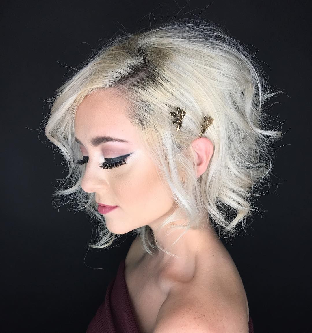 Liz mace platinum blonde hair short hairstyle for formal event