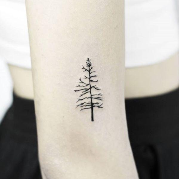 35 Minimalist Tattoos That Are Impossibly Pretty Minimalist Tattoo Simple Tree Tattoo Tattoos For Guys