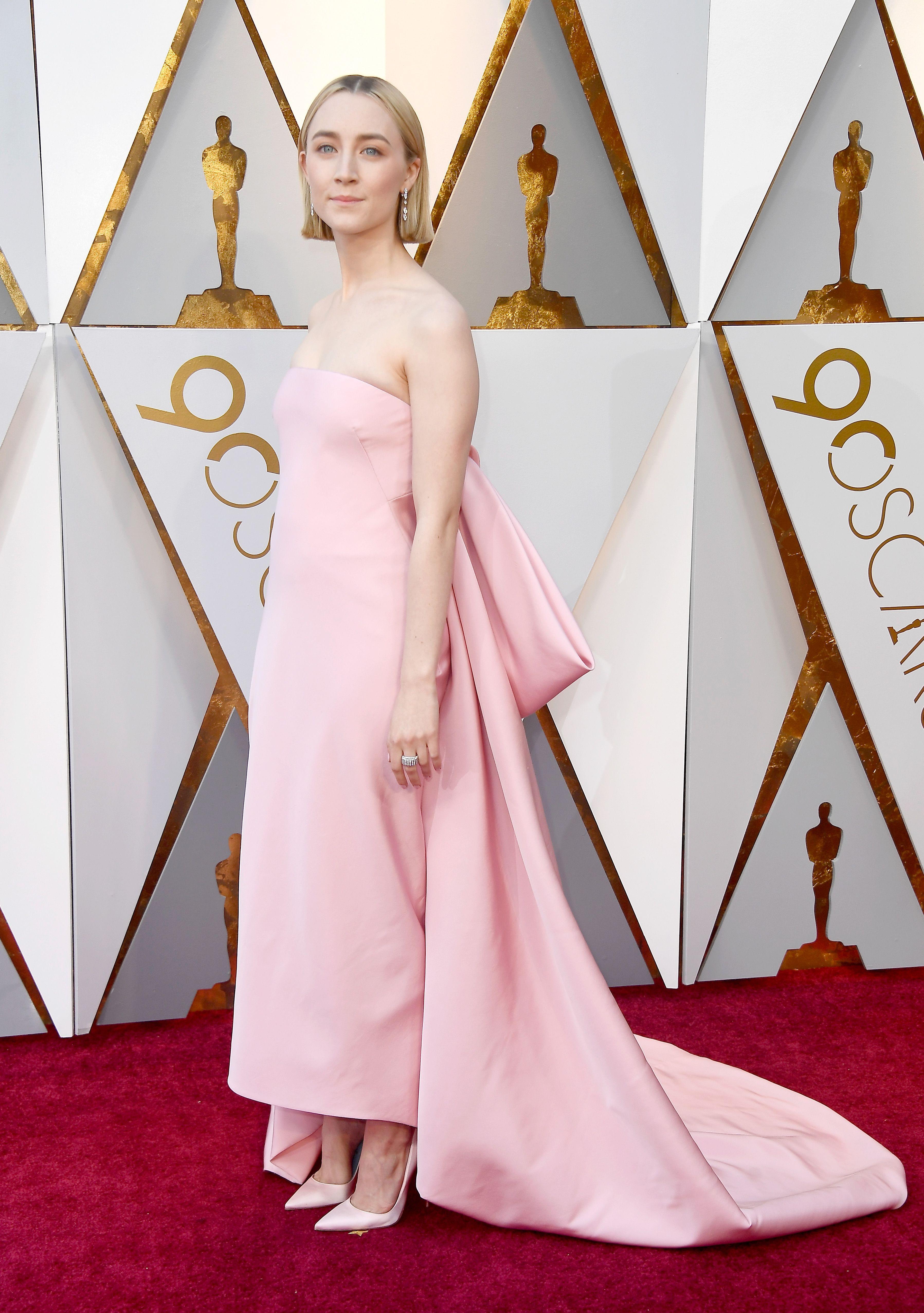 O brilho dominou o look das celebs no Oscar 2018 | Domingo