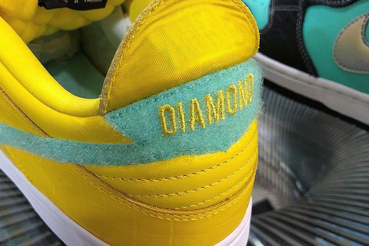 outlet store 888e0 5435f Nick Tershay szaleje i w kolaboracji Diamond Supply Co. x Nike SB obok  wersji Black oraz White wyda uwielbiane Dunk Low w kolorystyce