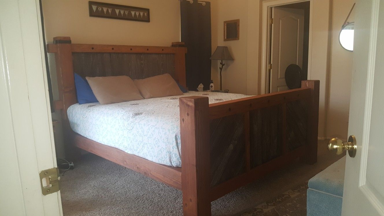 King Bed With Posts Timber Framed King Size Bed Aged Pallet Wood On Head And