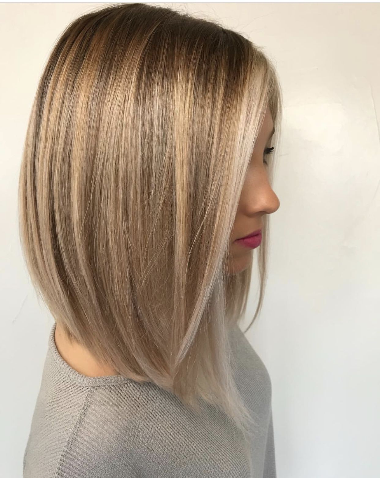 Long bob haircut, blonde hair color, dirty blonde color