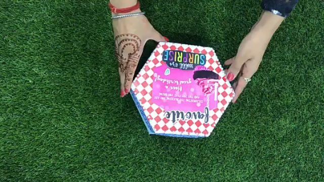 Hexagon Explosion Box ❤️ Can be customised for birthday, anniversary or any other occasion.... Dm for details...   roomdecor decorationideas