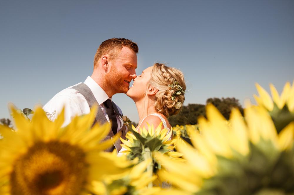 Photographe Mariage Toulouse Wedding Photographer South West France Sunflowers Wedding Sunflower Wedding French Castle Wedding Surprise Wedding