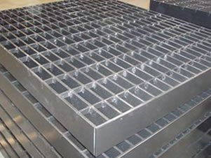 Stainless Steel Grating Is The Best Steel Grating Option For Severely Corrosive Environments Such As Chemical Food And Hydro Pro Flooring Steel Metal Mesh
