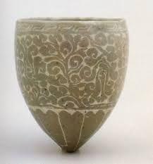 Goryeo Celedon Wine Cup 청자 보상화 넝쿨 무늬 대접 (개성시 문공유묘 출토)