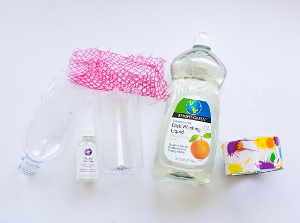 Recycle A Bottle And Make Incredible Large Bubbles Diy Recycle Bottles Bubble Bottle Bubbles