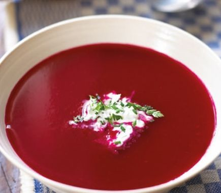 Red beets soup