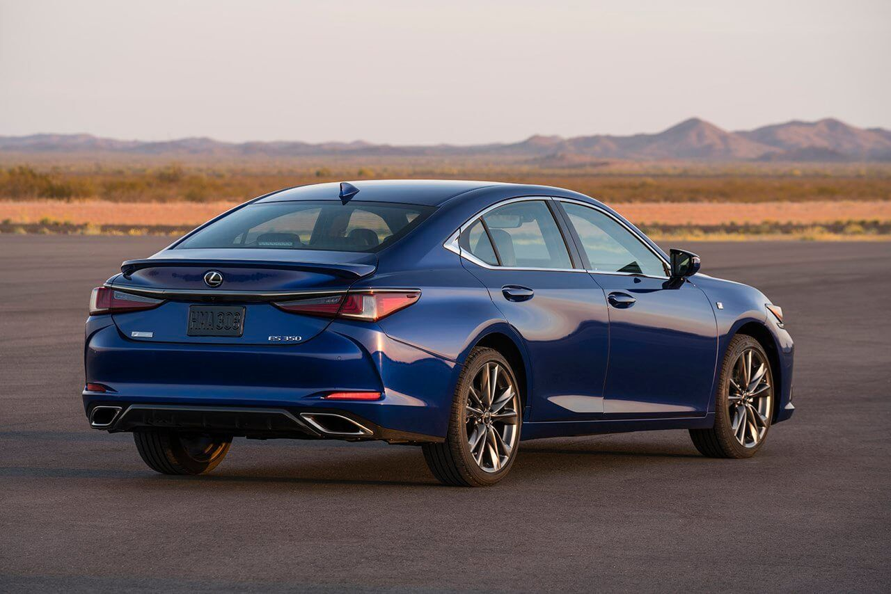 Explore Lexus Es F Sport 2020 Performance And Technology Features We Reviews The Lexus Es F Sport 2020 Price Where Consumers Can Fin Lexus Es Lexus New Lexus