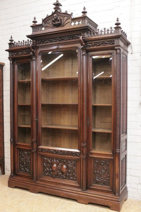 Exceptional Monumental 3 Door Gothic Bookcase In Walnut Moveis